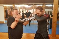 Jahrzehntelange Kampfkunsterfahrung begleiten Dich